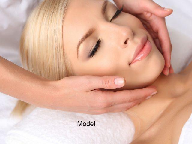 https://www.aestheticon.ae/wp-content/uploads/2019/06/shutterstock_206589220.facial.massage.w.model_.squared-640x480.jpg